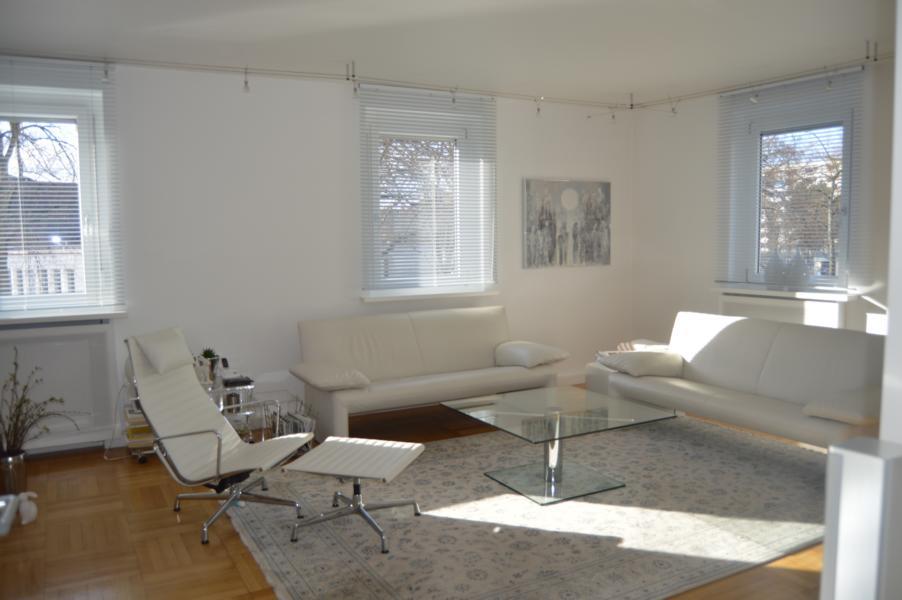 luxuswohnung nahe innenstadt voll oder teilm bliert zu mieten. Black Bedroom Furniture Sets. Home Design Ideas
