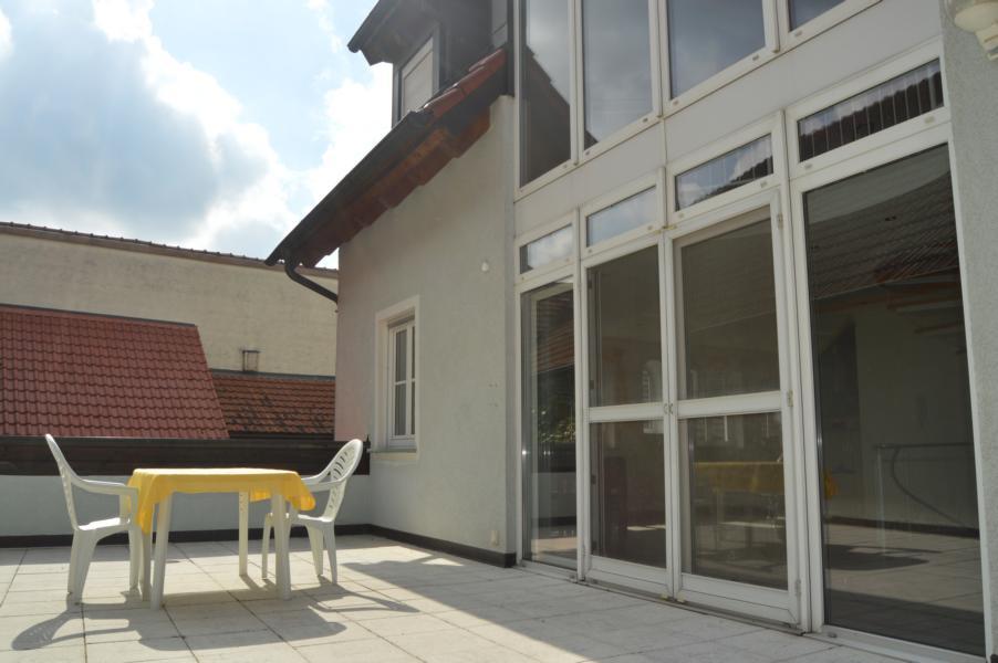 gehobene maisonettewohnung im landkreis schweinfurt. Black Bedroom Furniture Sets. Home Design Ideas
