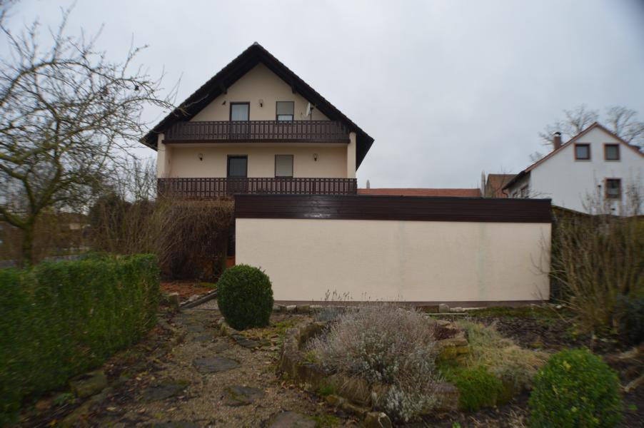einfamilienhaus im landkreis schweinfurt. Black Bedroom Furniture Sets. Home Design Ideas